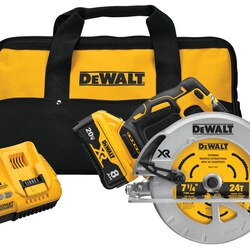 DEWALT - 20V MAX XR BRUSHLESS 714 in CIRCULAR SAW WITH POWER DETECT Tool Technology - DCS574W1
