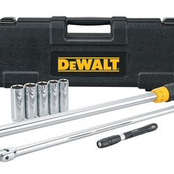 DEWALT - 8 pc 12 in Drive Torque Wrench Tire Change Kit - DWMT82839