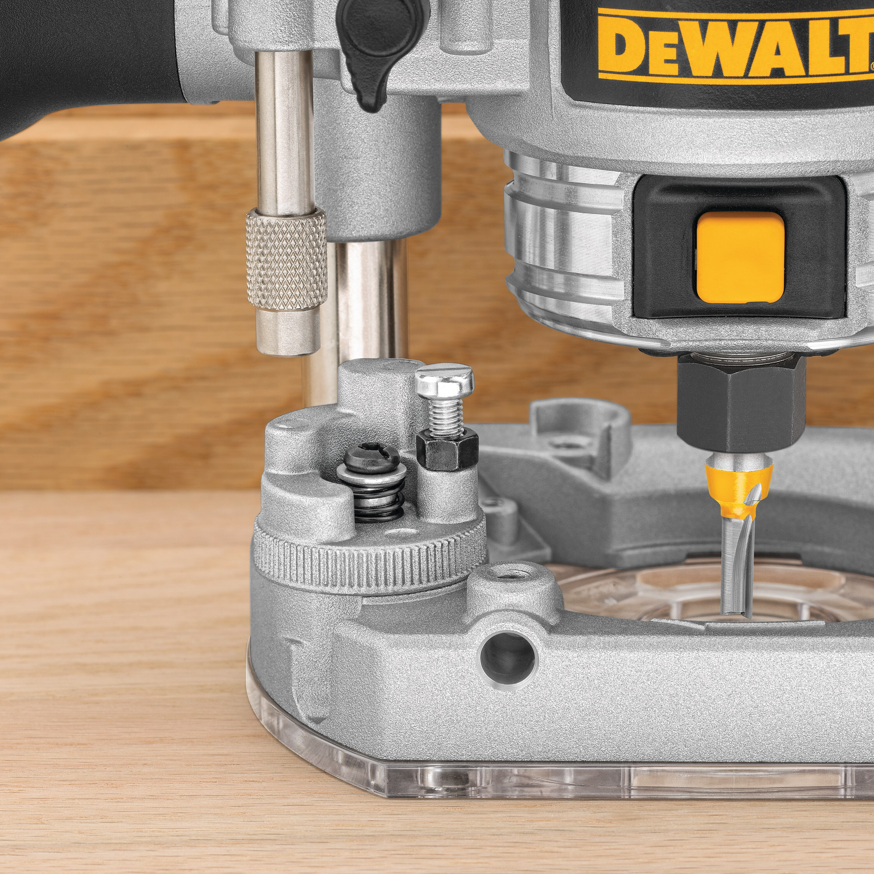 DEWALT DWP611 1.25 HP Max Torque Variable Speed Compact Router with LEDs with Round Sub Base for Compact Router